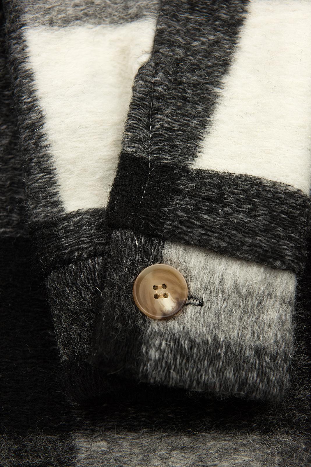 Čierno-biela košeľová bunda